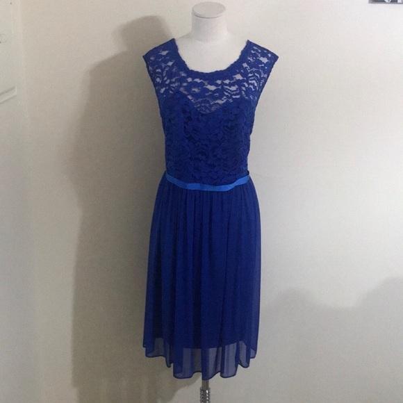 David's Bridal Dresses & Skirts - David's Bridal Blue lace bridesmaid dress size 18